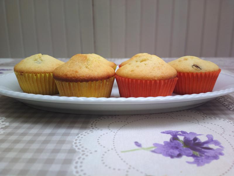 Muffin al cioccolato bianco e cranberries