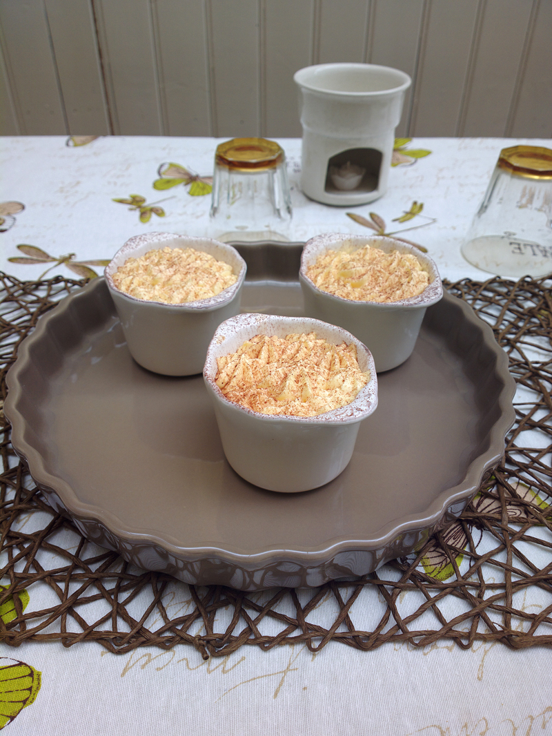 Single portion Tiramisu in country cups