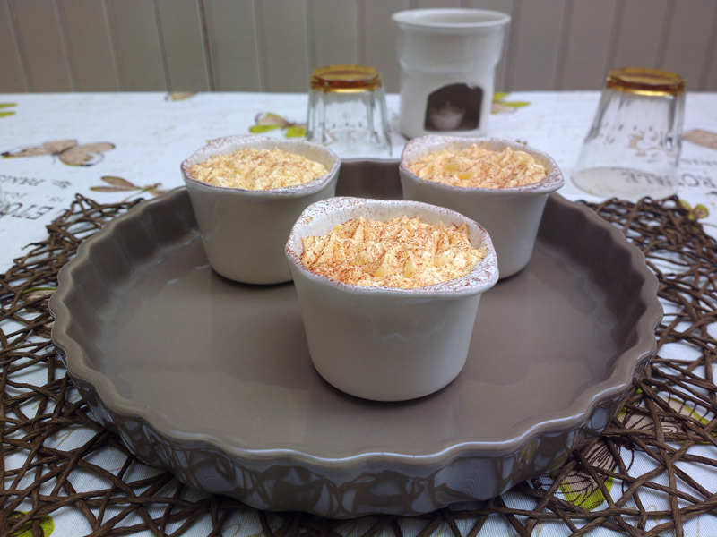 Single portion Tiramisu in country cups