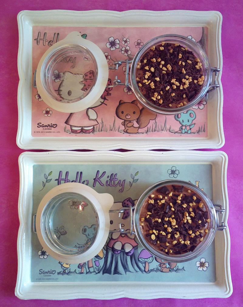 Mini cheesecake in a jar alla mousse di yogurt e cioccolato