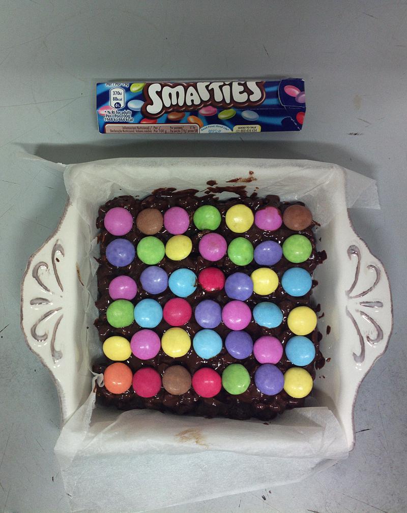 Mini barrette ai cereali, cioccolato e smarties