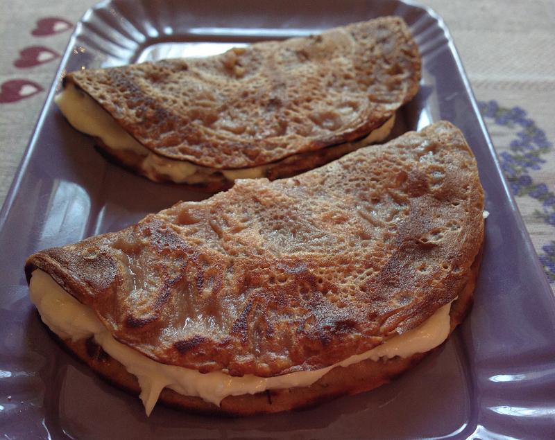 Necci toscani - crepes dolci di farina di castagne