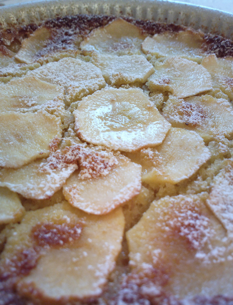 Torta di mele con purea di banane