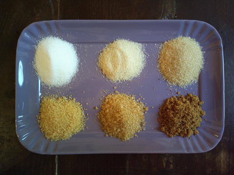 Zucchero di canna - colore, grana e tipologie