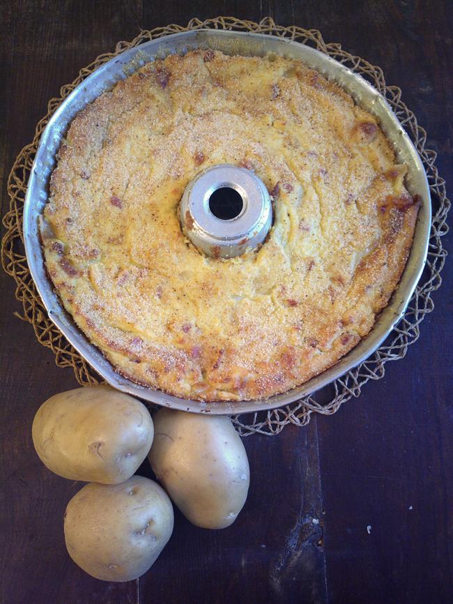 Gateau di patate con mozzarella e prosciutto cotto