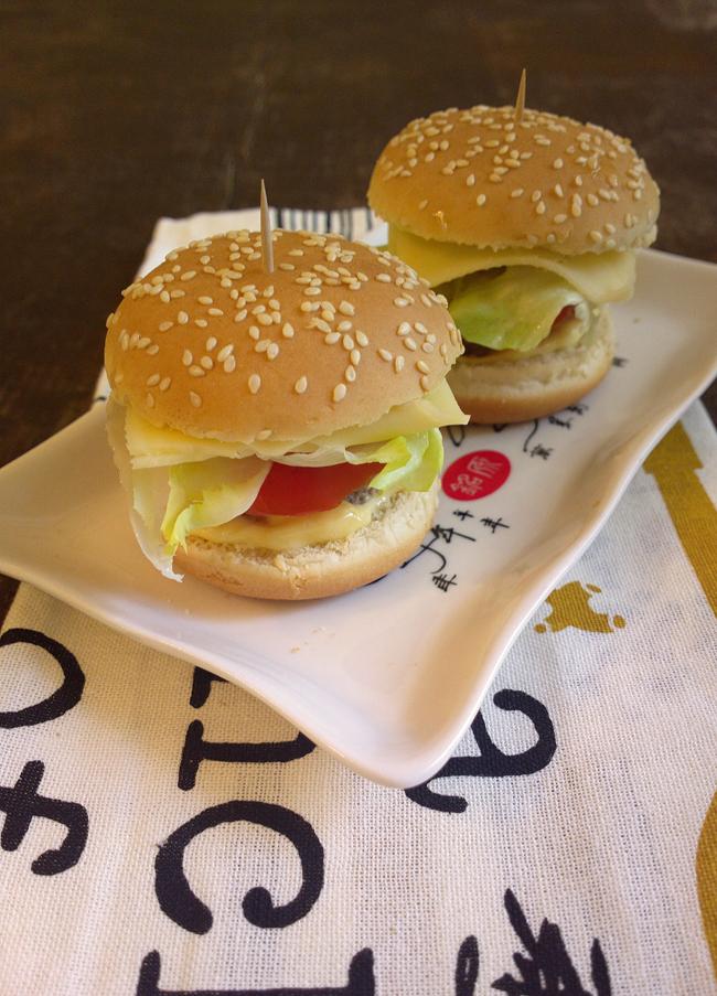 Mini burger - ovvero quando è tardi per cucinare