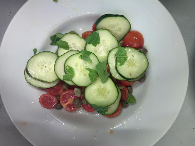 Panzanella bruschettata - ricetta leggera e vegana