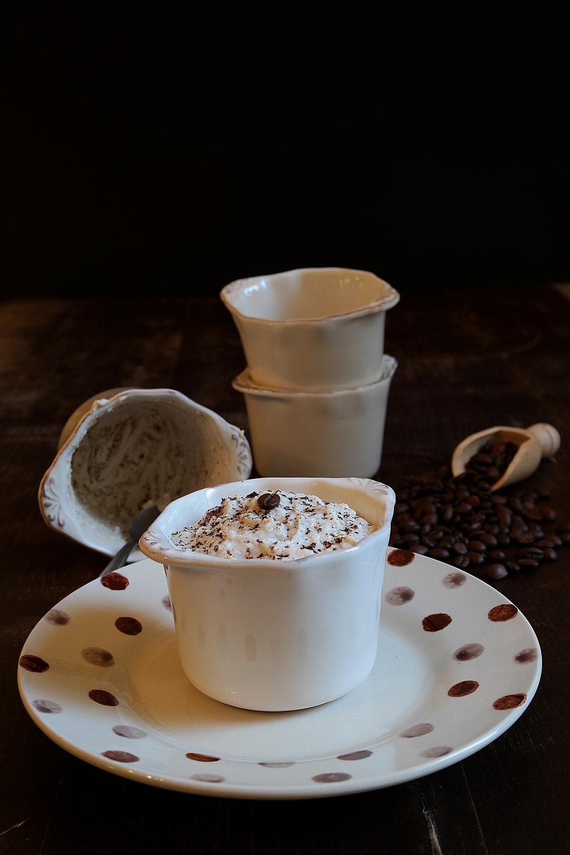 Ricotta al caffè - dessert veloce di fine pasto di mia nonna