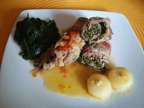 Involtini con spinaci e cipolline