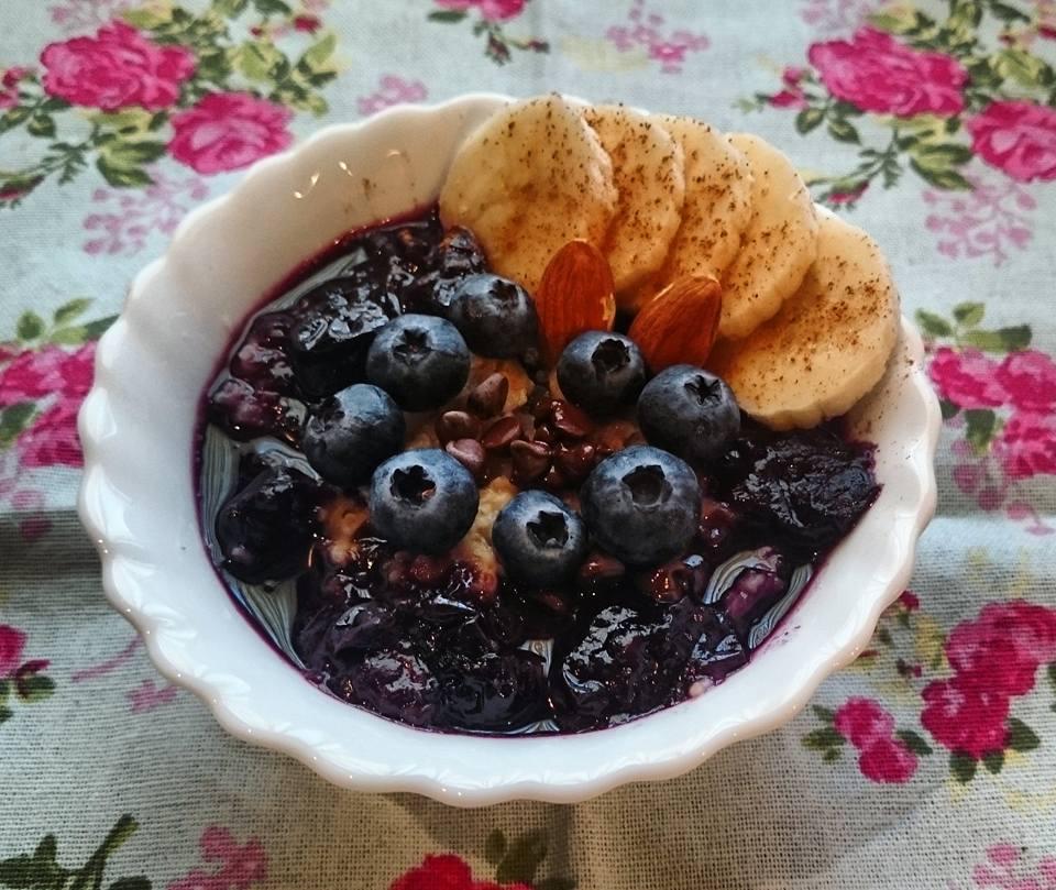 Porridge con mirtilli