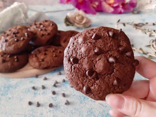 Double chocolate chip cookies senza glutine senza lattosio
