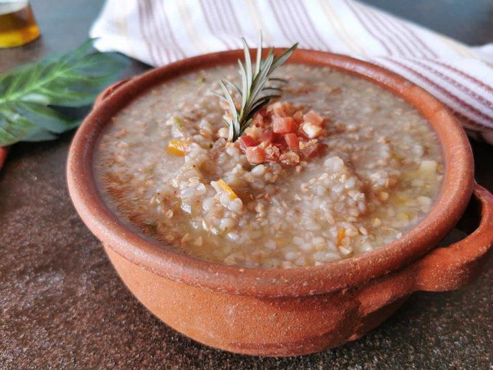Zuppa al grano saraceno e speck