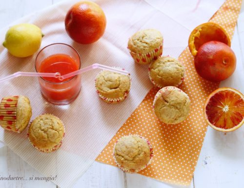 Muffin light all'arancia con farina integrale
