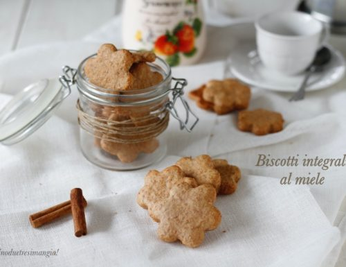 Biscotti al miele con farina integrale