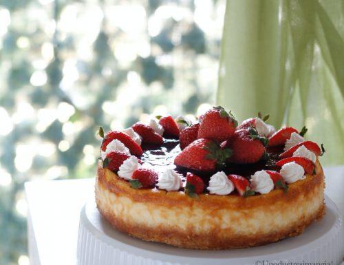 Crostata cheesecake alla ricotta e fragole