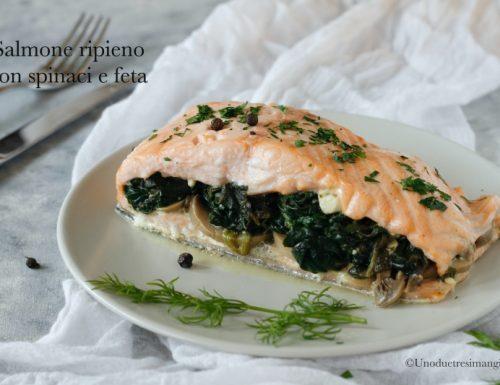 Salmone ripieno con spinaci e feta – ricetta light