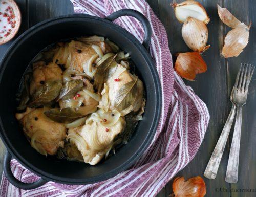 Pollo in umido con cipolle – cottura in cocotte