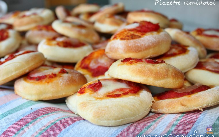 Pizzette bar, ricetta idea per buffet