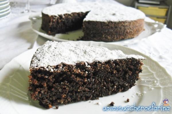 torta caprese al cioccolato fondente fetta