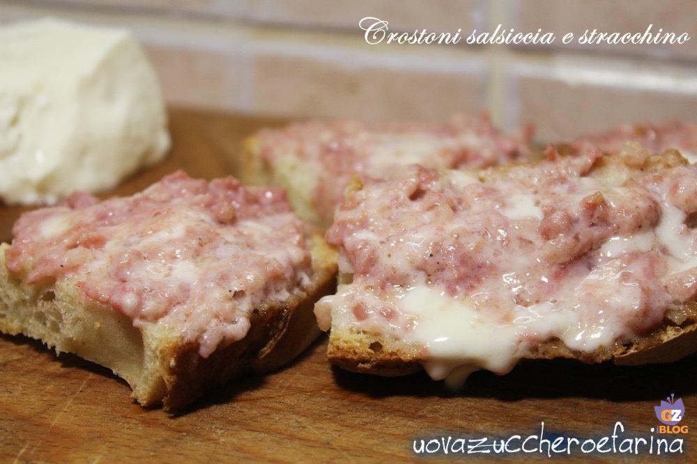 crostoni salsiccia e stracchino