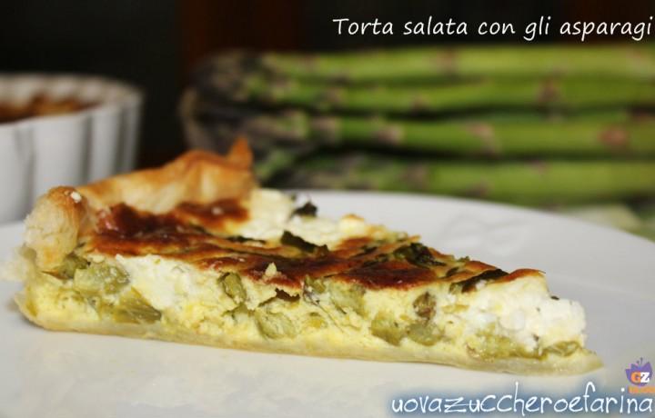 Torta salata con gli asparagi