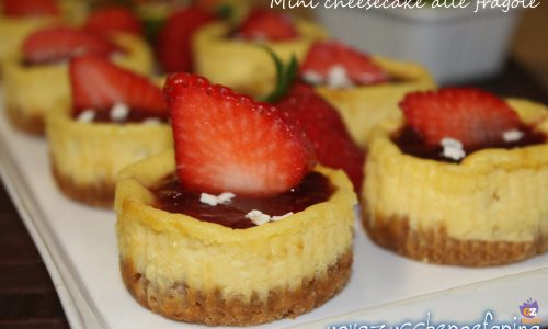 Mini cheese cake alle fragole