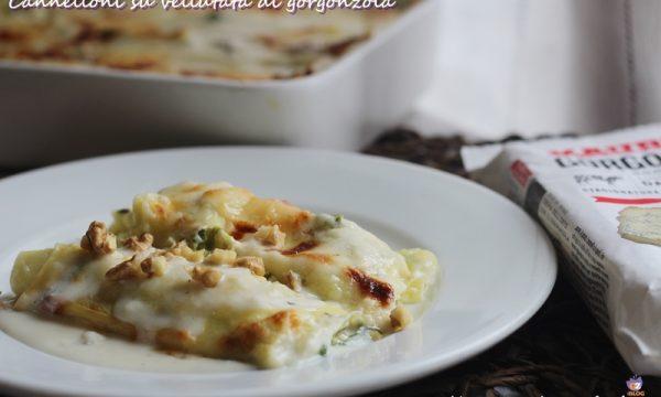 Cannelloni su vellutata di gorgonzola
