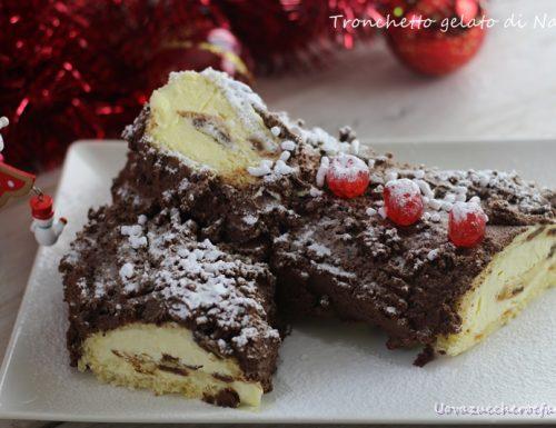 Tronchetto gelato di Natale