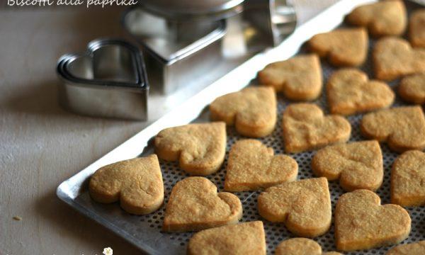 Biscotti alla paprika e formaggio