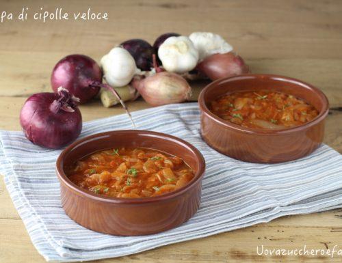 Zuppa di cipolle veloce e facile