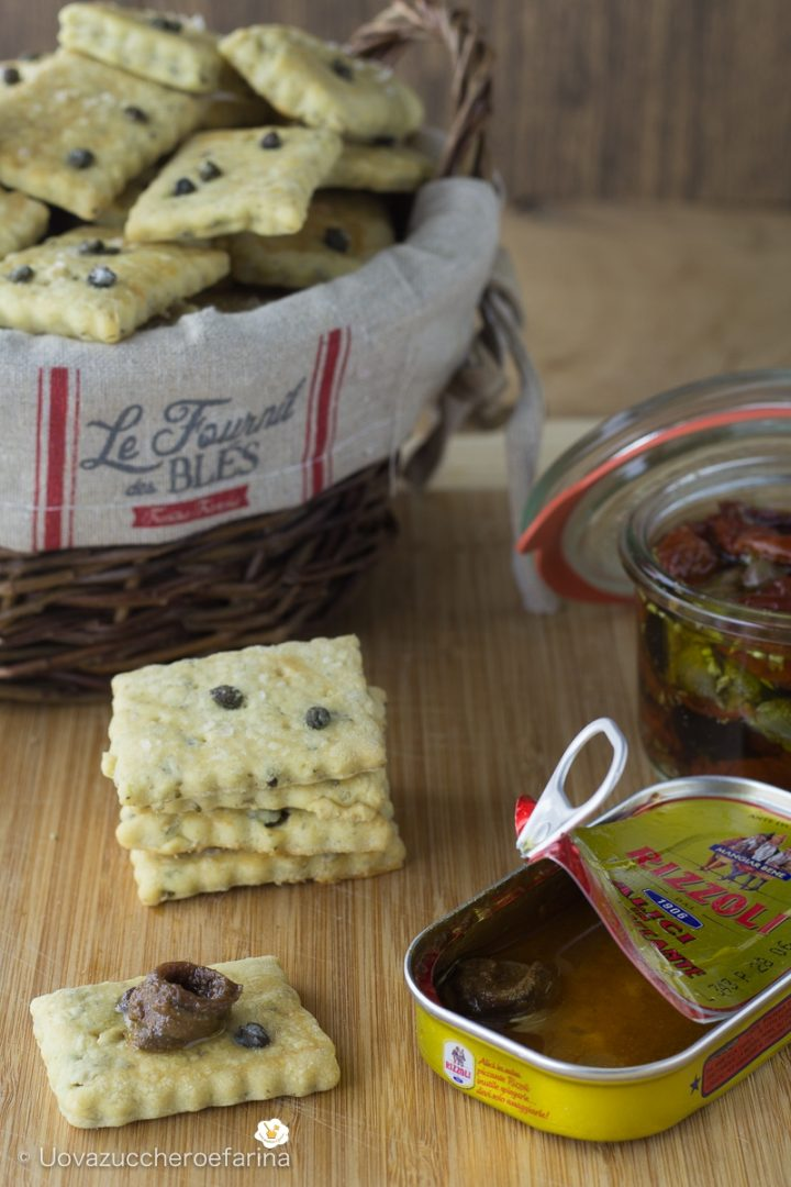 crackers capperini salati