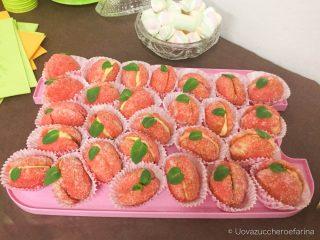 idee buffet compleanno peschine dolci pasta frolla crema mascarpone