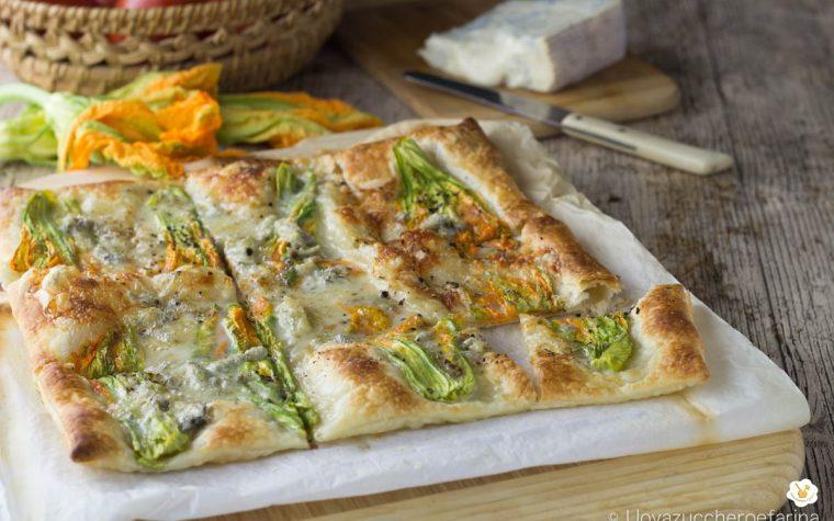 Torta salata con fiori di zucca e gorgonzola