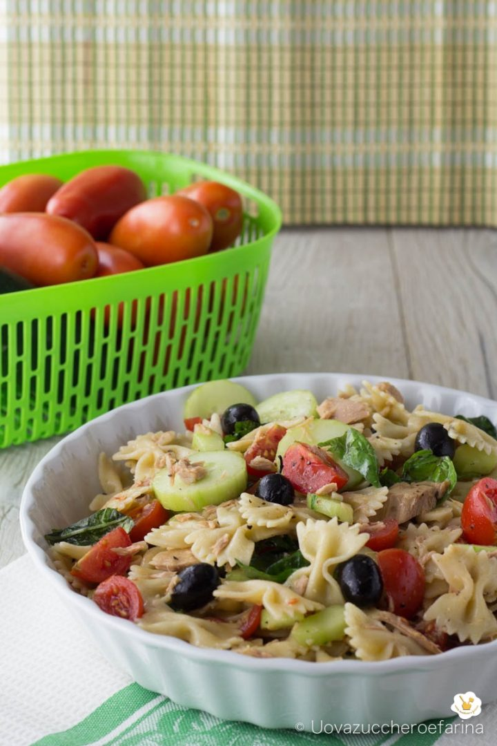 pasta fredda tonno cetrioli olive nere pomodorini