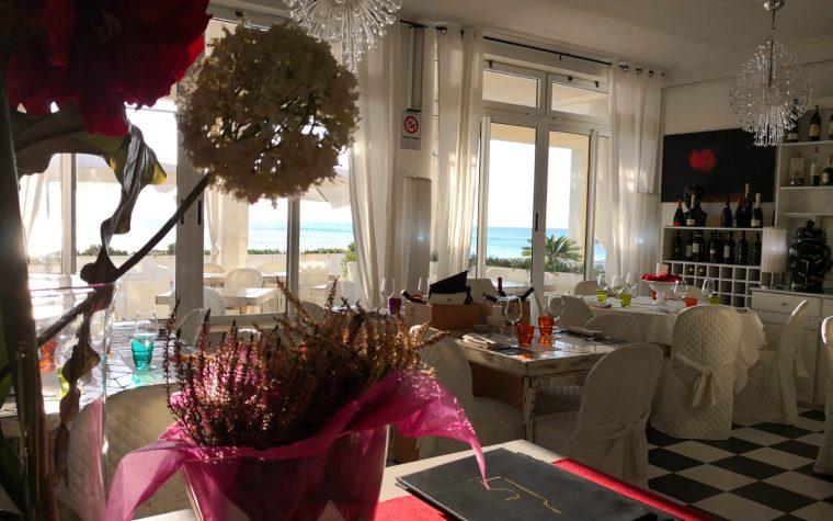 Ristorante La Vela del Mediterraneo per una cena in riva al mare