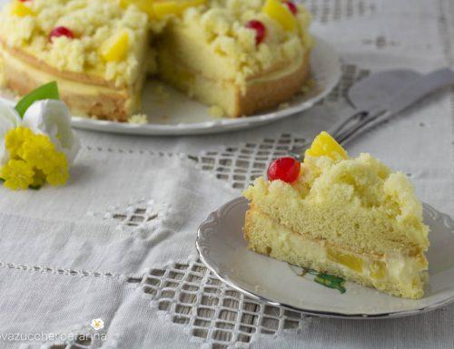 Torta mimosa con crema e ananas