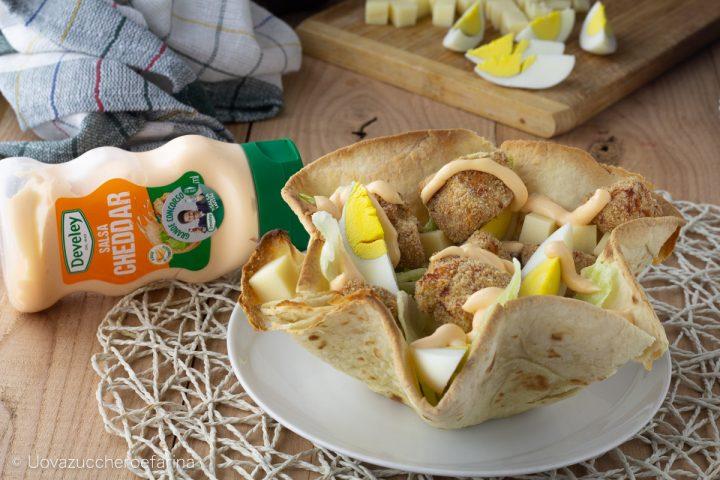 Cestini piadina insalata pollo salsa cheddar Degustabox