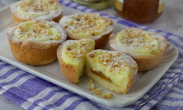 Crostatine con confettura di fichi crema e nocciole