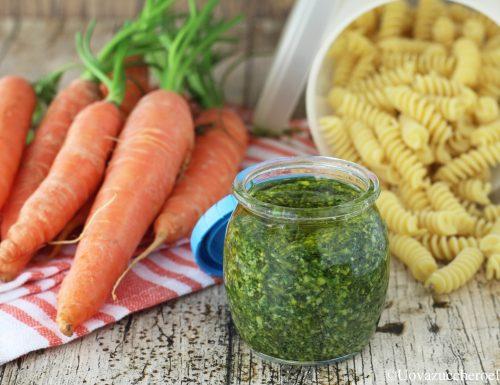 Pesto con le foglie delle carote