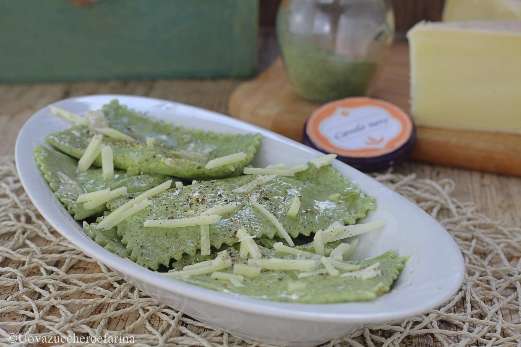 ravioli verdi cavolo nero Uovazuccheroefarina