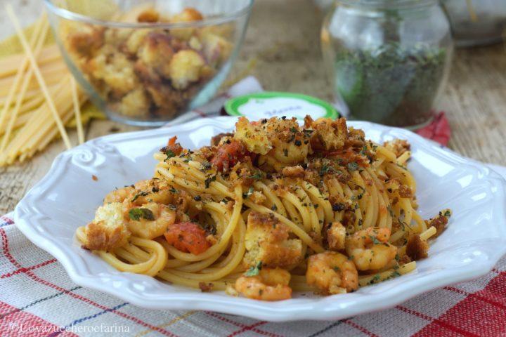 spaghetti gamberetti pomodorini ricetta
