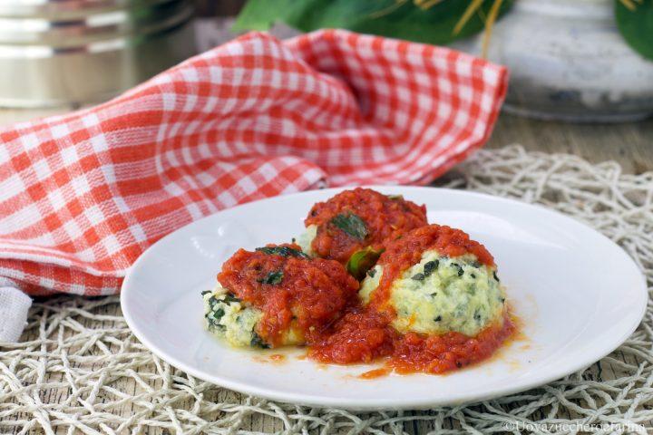 gnudi ricotta spinaci pomodoro ricetta