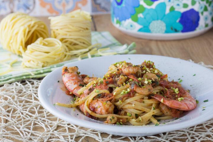 spaghetti gamberi pistacchi ricetta