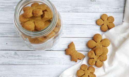 Biscotti alle nocciole e avocado