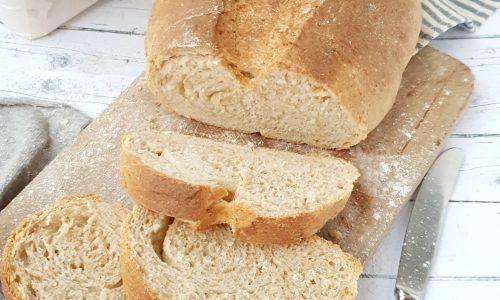 Pane sfogliato con licoli
