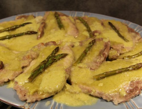 Scaloppine con crema agli asparagi