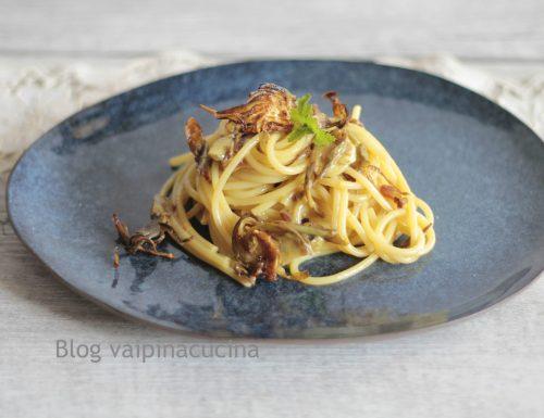 Carbonara vegetariana con carciofi