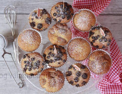 Muffin con frutti di bosco e mandorle
