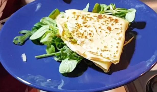 crepes salate con zucchine e scamorza
