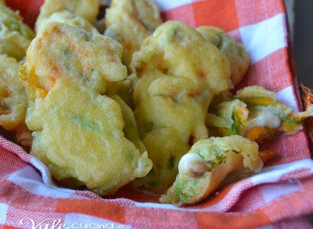 Fiori di zucca con alici e mozzarella